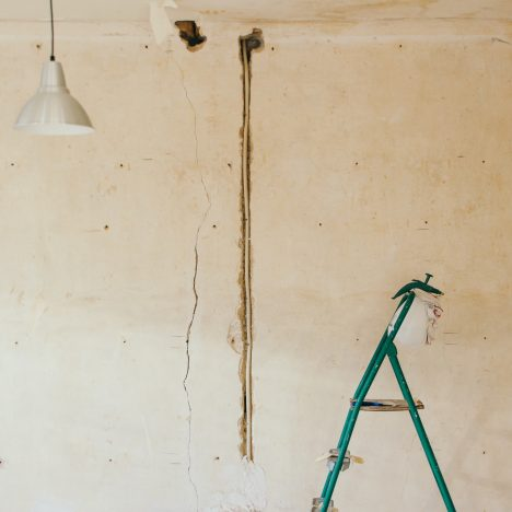 Kunststof kozijnen laten plaatsen bij het verbouwen van je huis